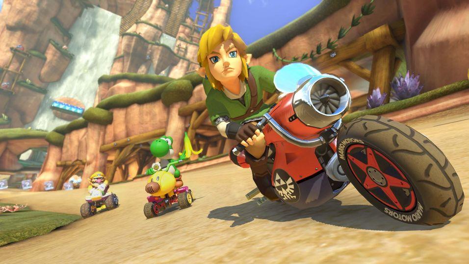 Link tropper opp i Mario Kart 8.