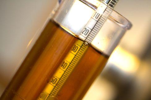 Det er ikke nødvendig med en gang, men du bør rimelig snart skaffe deg en oechslevekt. Den brukes for å måle maltose-innholdet i vørteren og det ferdige ølet. .