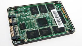 Innsiden av AMD Radeon R7 240 GB SSD.