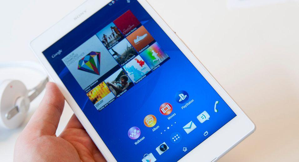 Sony satser endelig på de mest kompakte nettbrettene. Sony Xperia Z3 Tablet Compact har en skjerm på åtte tommer.
