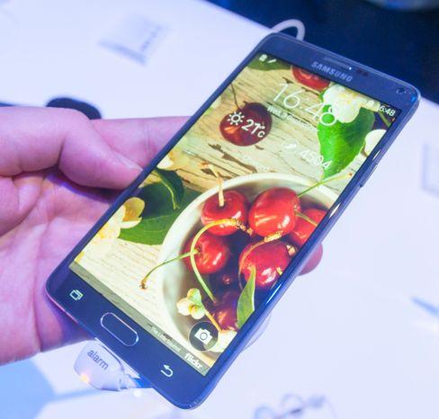 Den flotte skjermen er ett av mange høydepunkt ved Galaxy Note 4. .