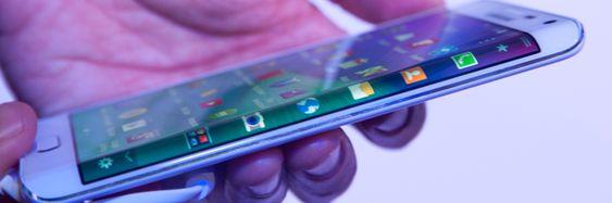 Galaxy Note Edge skal være hovedårsak til at Samsung setter utviklingen av bøyelige mobiler i høygir. Det hjelper nok også å vite at LG jakter på den samme milepælen.