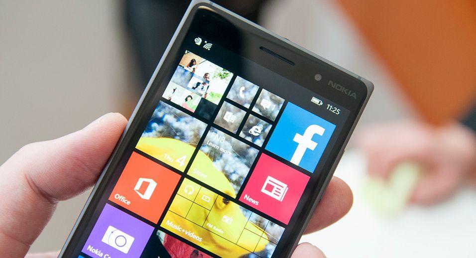 Nokia Lumia 830 var strengt tatt ingen Nokia-telefon. I stedet var den den en av de siste Microsoft-produserte Lumia-modellene som fortsatt bar Nokia-logoen. Nå begynner forbrukerdelen av finske Nokia å røre på seg igjen.