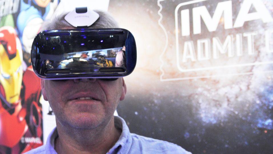 Vi ble hverken sjøsyke eller svimle da vi prøvekjørte Gear VR i Berlin, men flere i redaksjonen opplevde noe liknende da vi prøvekjørte første generasjon Oculus Rift.