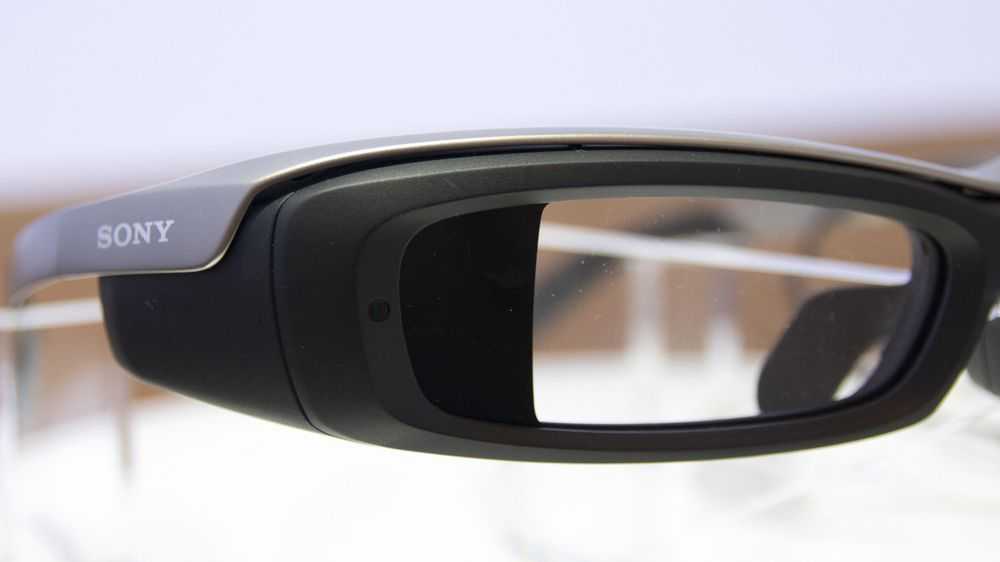 SNIKTITT: Vi har prøvd Sonys Google Glass-alternativ