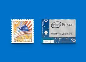 Intel Edison er knapt større enn et frimerke.