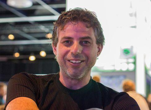 FIFA-produsent, Sebastian Enrique.
