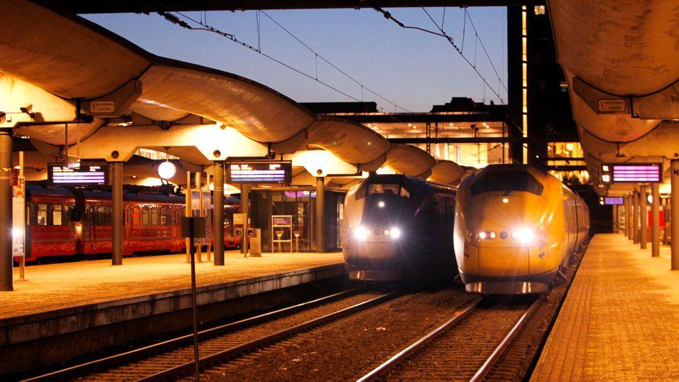 REFLEKSJON: Derfor stiller vi norsk togpolitikk til veggs