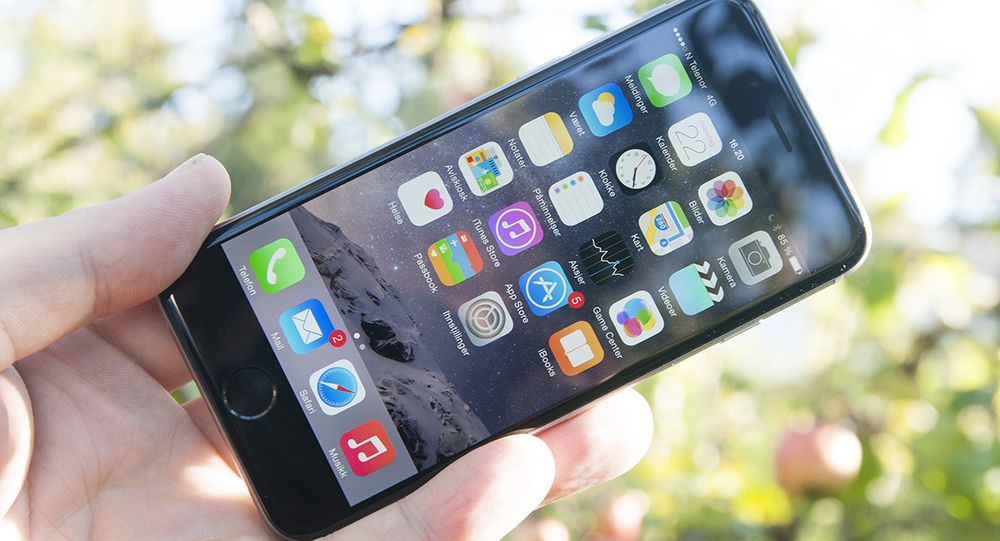 iPhone 6 har blitt større enn forgjengeren, men den er fortsatt forholdsvis enkel å håndtere.