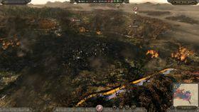 Å brenne ned ein landsby er ein av fleire nye taktikkar du kan ta i bruk.