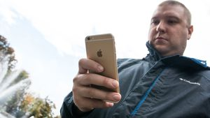 Er iPhone 6 Plus for stor?