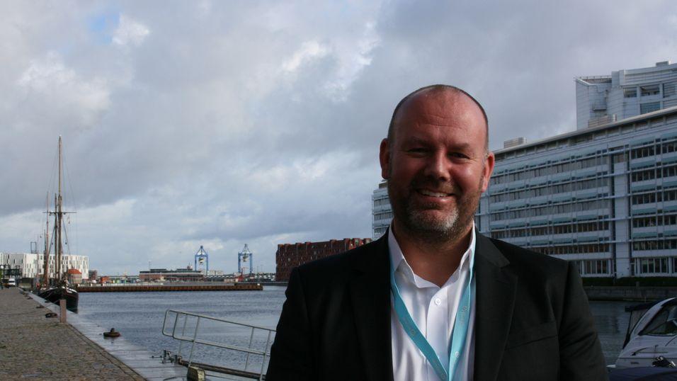 Lars Gudbrandsson er direktør for kundekanaler i Telia Danmark.