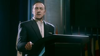 Kevin Spacey dukker opp som skurk i Advanced Warfare.