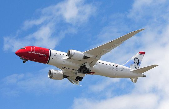 Dreamlinerne vil ikke få Wi-Fi med det første. Årsaken ligger hos Boeing, hevder Norwegian.
