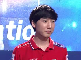 Lee «INnoVation» Shin Hyung under helgens GSL-finale.