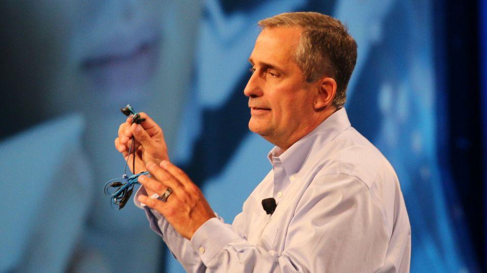 Intel skal gjøre store omstillinger. Her ved toppsjefen Brian Krzanich.