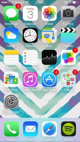 Sophie Boye Forstrønen er tydeligvis godt fornøyd med Apples app-utvalg.