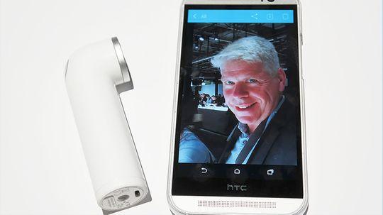 Bildet du tar med RE kan sendes direkte til internett, eller du kan hente det opp på mobilen din.