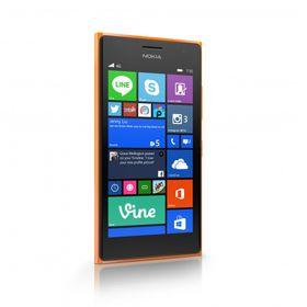 Lumia 735 kalles også en «selfiemobil».