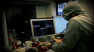 hacker1.300x169.jpg