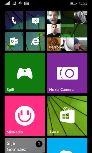 Slik kan hjemmeskjermen på en Lumia 530 se ut.