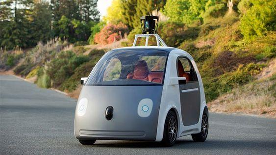 Fremtidens biler vil kanskje ikke ha ratt, og da er det greit at ting fungerer som det skal. Her er Googles selvkjørende prototype.