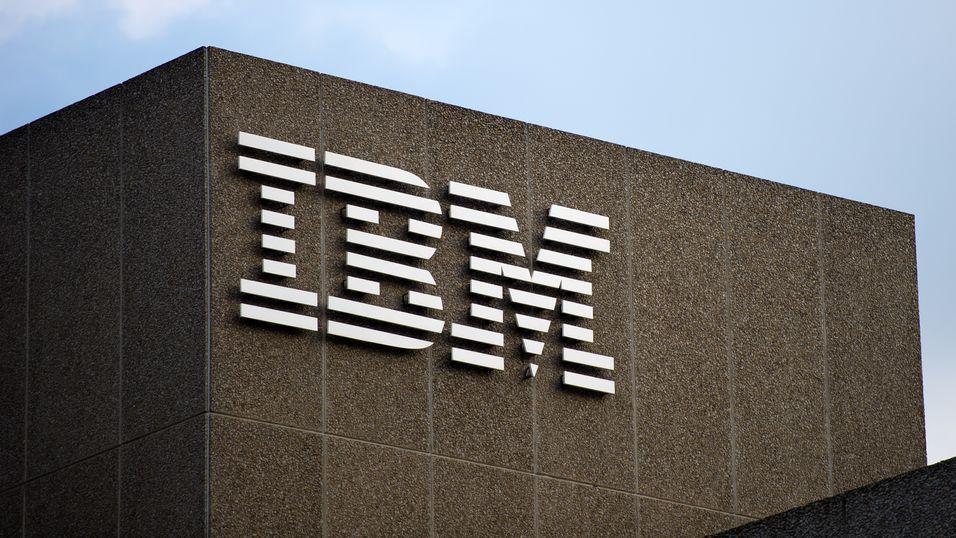 Hevder IBM skal utføre gigantiske masseoppsigelser