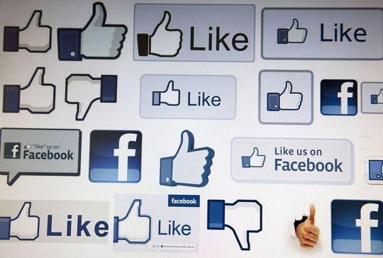 SUKSESS: «Liker»-knappen har blitt en stor suksess for Facebook. Her i mange forskjellige varianter.