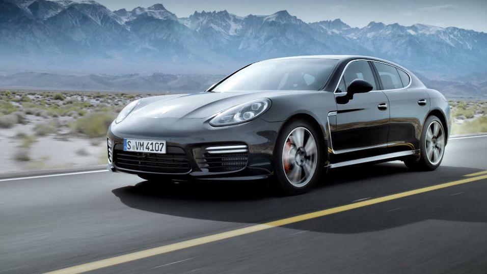 Porsche vil angivelig lage en mindre versjon av sin Panamera, med el-motor.