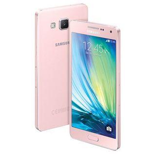 Samsung GalaxyA5 i Soft Pink utførelse.