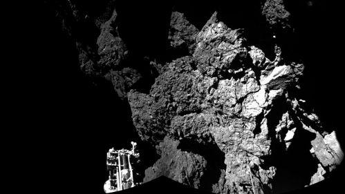 Dette er det aller første bildet fra overflaten av en komet
