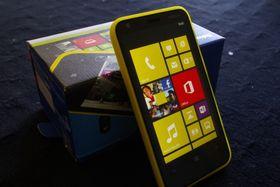 Selv den svært lavt spesifiserte Lumia 620 får Windows 10.