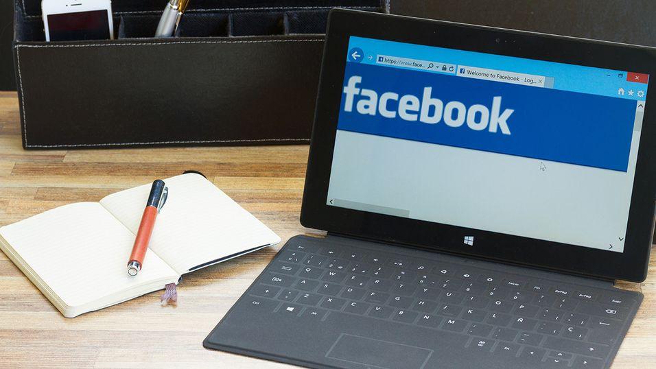 Jobbe eller bruke Facebook? Om litt kan du gjøre begge deler samtidig!