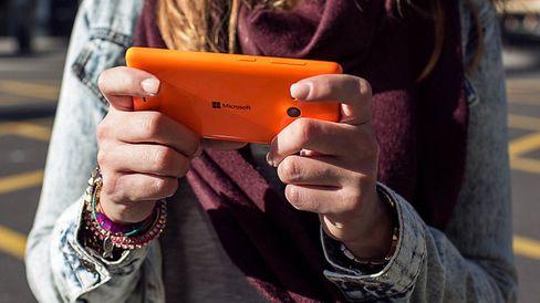 Med Lumia 535 har Microsoft skrotet Nokia-logoen på sine smarttelefoner.