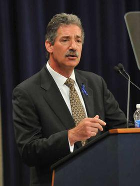 Visejustisminister i det amerikanske justisdepartementet, James M. Cole.