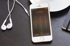 Den nye krypteringen på iPhone vil i praksis gjøre telefonene forbudt i California dersom lovforslaget går gjennom.