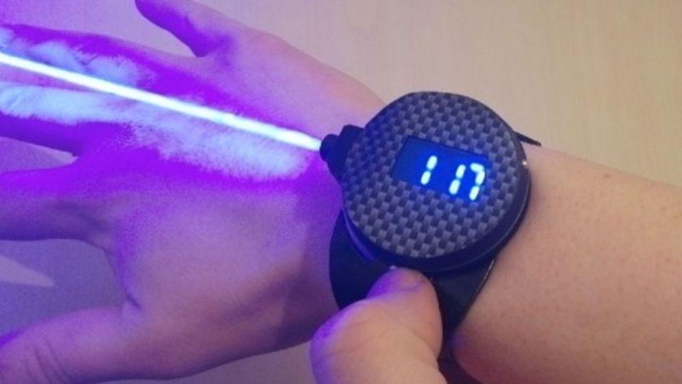 Hobby-oppfinner lagde sin egen laserklokke