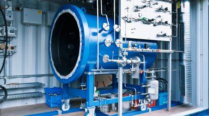 Denne maskinen lager drivstoff av vann og CO2