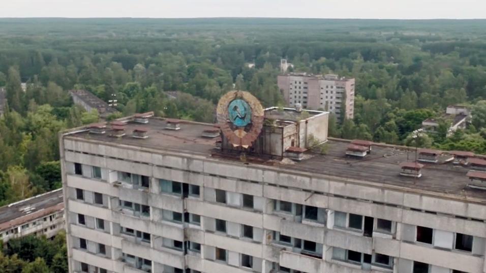 Se dronevideoen av spøkelsesbyen Tsjernobyl