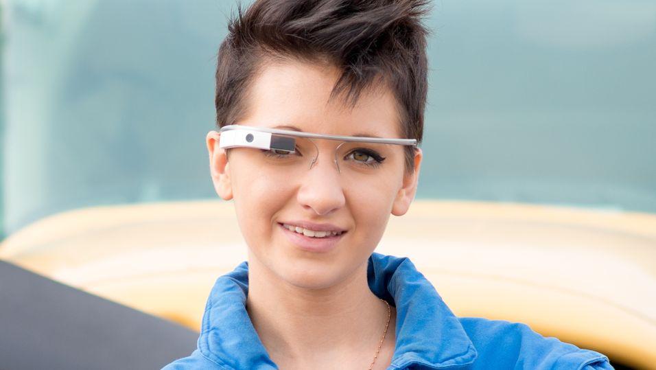 Illustrasjonsbilde: Dagens generasjon med Google Glass