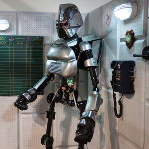 En «cylon» fra den populære TV-serien Battlestar Galactica.