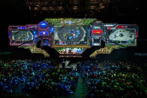Blizzard involverer seg stadig mer direkte i e-sport. Finalen i World Championship Series 2014 i StarCraft II er deres største og mest sette produksjon til nå.