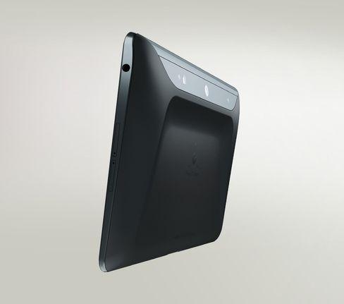 Mobilutstyr med full utrustning for 3D-scanning ble ikke dagligdags i 2014. Vi har fått tilbehør som lar oss 3D-scanne, og Google har sluppet et utviklerbrett for Project Tango som kan gjøre det samme.