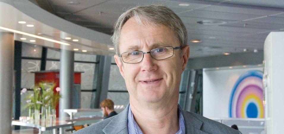 Dekningsdirektør Bjørn Amundsen i Telenor konstaterer at sms og mms fortsatt er populære tjenester, selv om internettbaserte meldingstjenester benyttes i stor utstrekning.