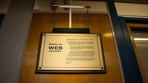 Vi besøkte Webbens fødested i jubileumsåret. Her fra forskningsstasjonen CERN i Sveits.