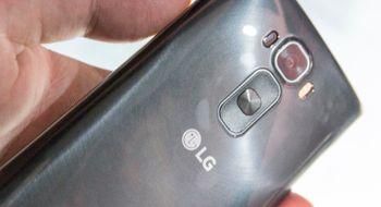 LG G Flex 2 LGs kraftplugg av en telefon fjerner riper selv