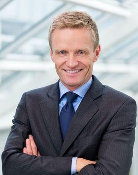 Nextgentel-sjef Eirik Lunde venter ikke stort salg av fiberaksess via Telenors fiber den første tiden. Når bindingstiden for Telenors fiberkunder går ut, vil husstandene få flere valgmuligheter, sier han.