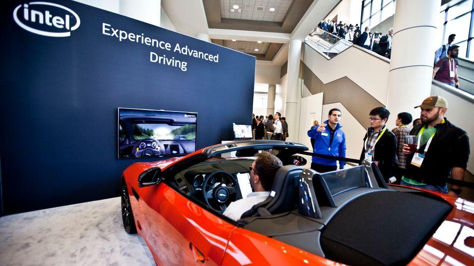 Slik skal Intel sørge for at du følger med på veien når du kjører bil
