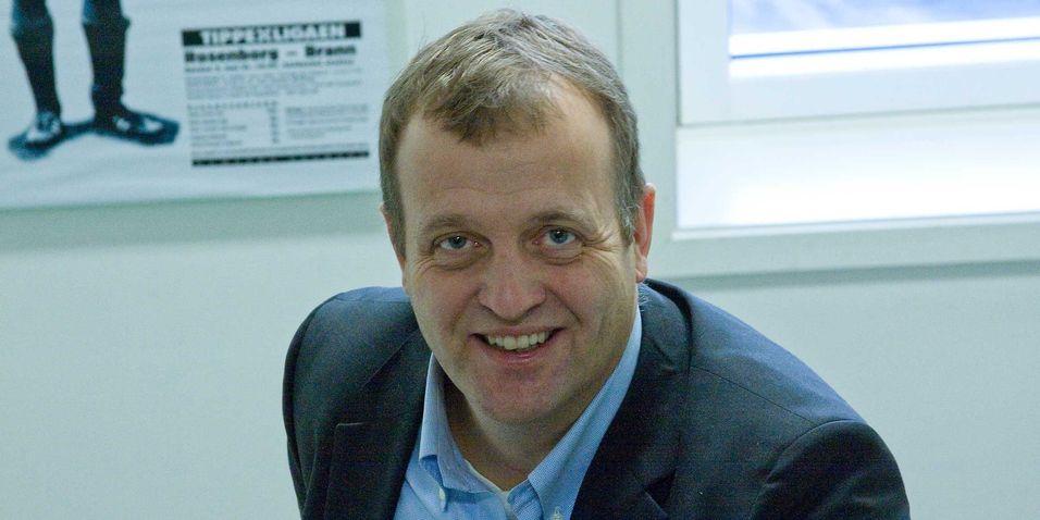 Telenor Norges Arne Q. Christensen vurderer nå å ta i bruk utstyr som gjør utskiftningen av tradisjonell POTS-fasttelefoni over kobbernettet usynlig for sluttbrukerne.