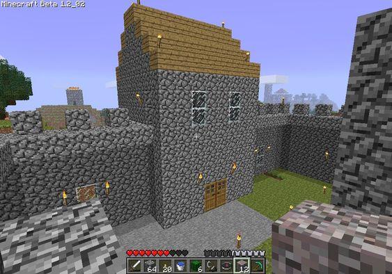 I Minecraft har slottene vi lager en funksjon – å holde oss trygge.